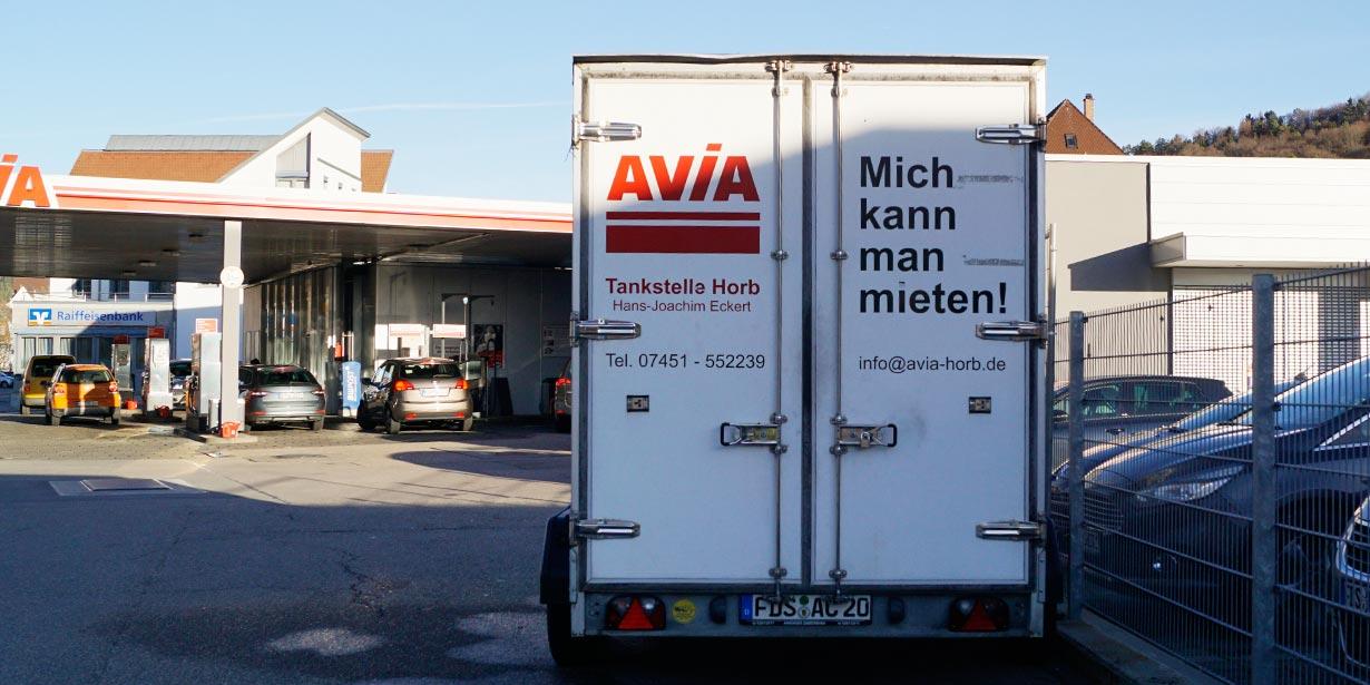 AVIA Tankstelle Horb - Kühlanhänger mieten - Rückansicht